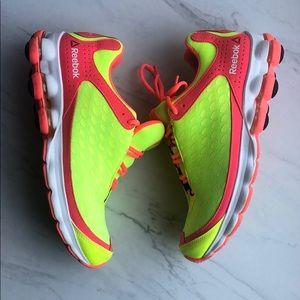 Reebok  DMXSKY athletic tennis shoes size 10